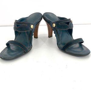 Tod's pre-loved heels sandals. Dark blue suede